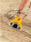 新疆内蒙挖掘机液压振动夯平板夯实机